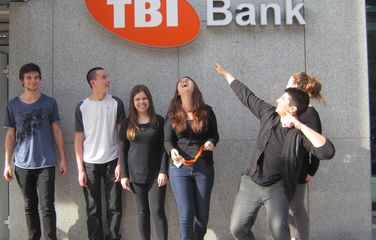 TBI Bank accepts 90 students on educational practices